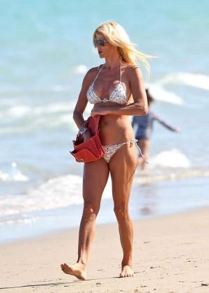 Victoria Silvstedt Bikini Photos: Miami 2014 -08