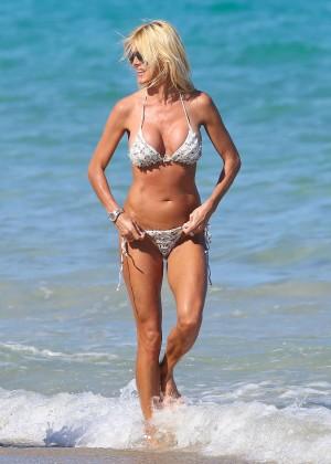 Victoria Silvstedt Bikini Photos: Miami 2014 -30