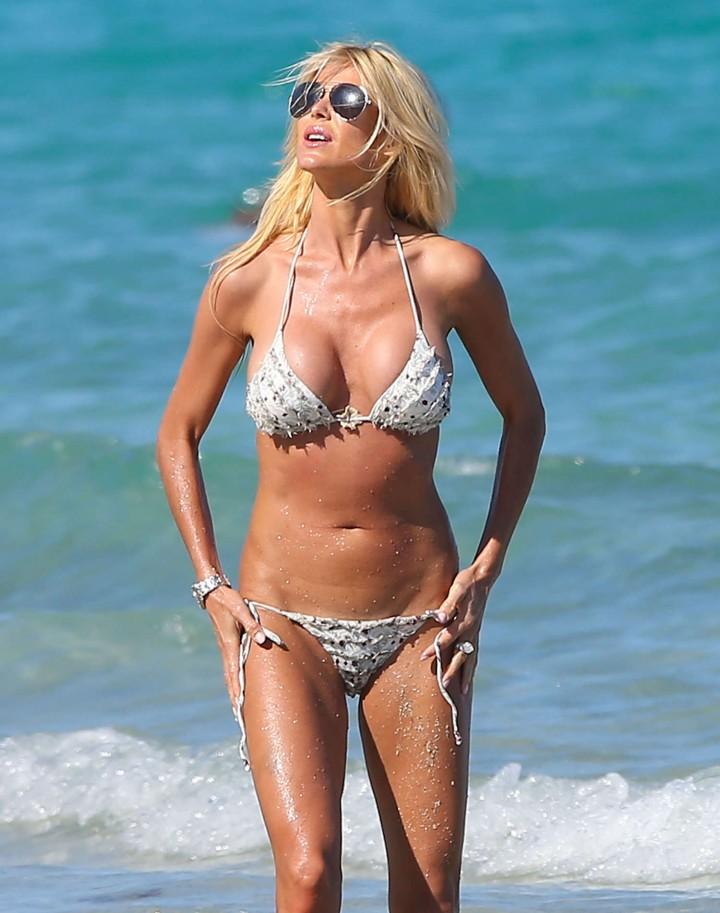 Victoria Silvstedt Bikini Photos: Miami 2014 -33
