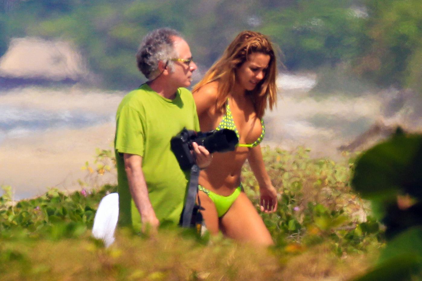 Pics Viviana Figueredo nudes (19 photos), Sexy, Cleavage, Feet, legs 2020
