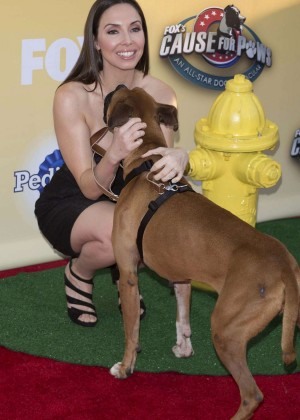 Whitney Cummings - FOX's Cause For Paws: An All-Star Dog Spectacular in Santa Monica