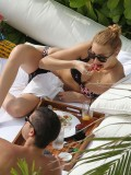 whitney-port-bikini-candids-in-waikiki-oct-2010-13