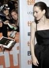 winona-ryder-premiere-the-iceman-at-the-toronto-film-festival-04