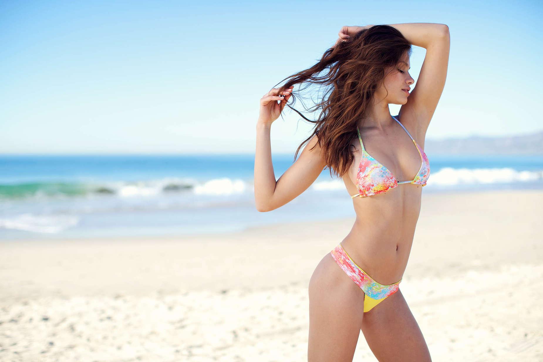Bikini's girls
