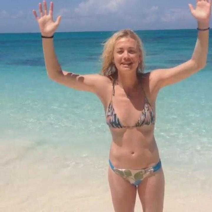 Yvonne Strahovski Bikini Pictures 117
