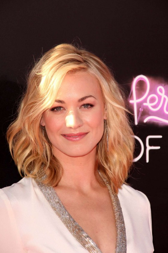 Yvonne Strahovski – in a short dress at Katy Perry Part Of Me premiere in LA-08