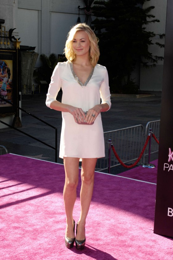 Yvonne Strahovski – in a short dress at Katy Perry Part Of Me premiere in LA-36