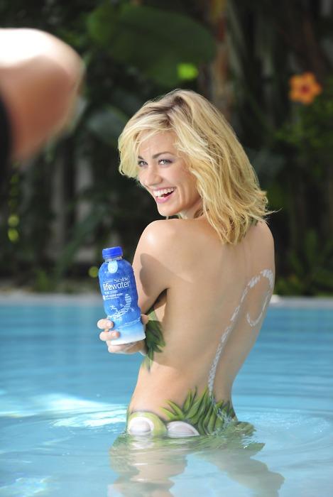 Yvonne Strahovski Painted Body Pics From Sobe Ad