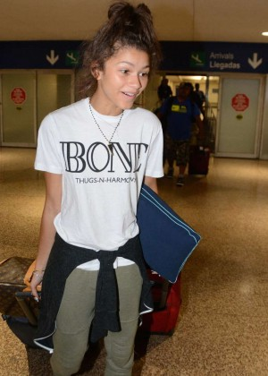 Zendaya Coleman arriving to the airport in Puerto Rico