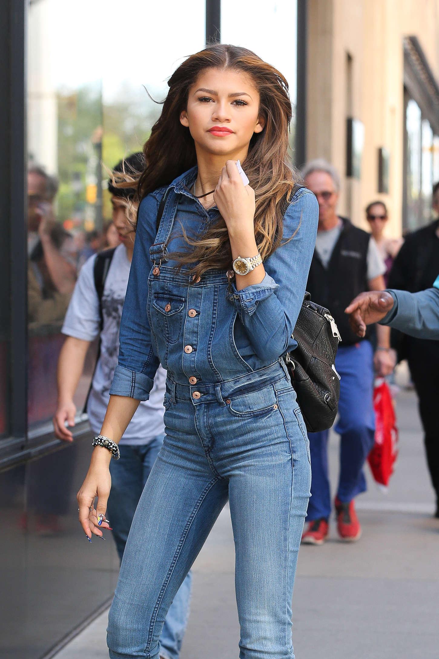 Zendaya Coleman Jeans Street Style 14 Gotceleb