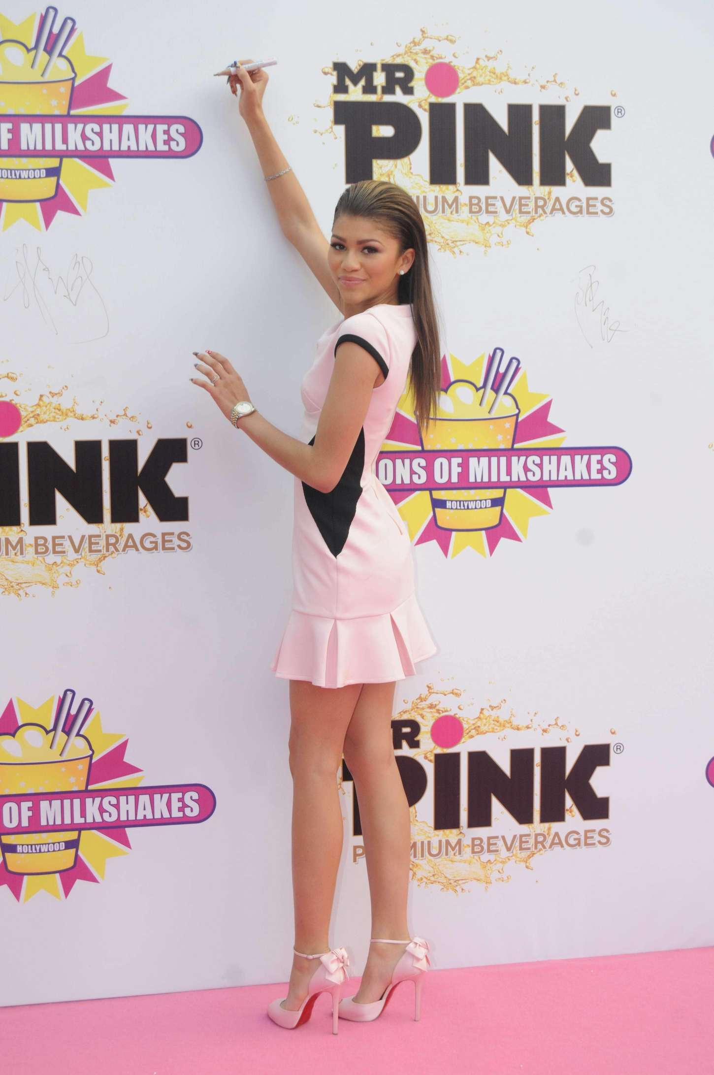 Zendaya Coleman 2014 : Zendaya: Millions of Milkshakes Grand Opening -10