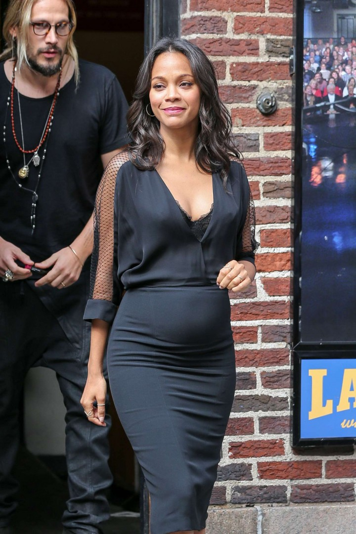 Zoe Saldana in Black Tight Dress at The Late Show with David Letterman in NY