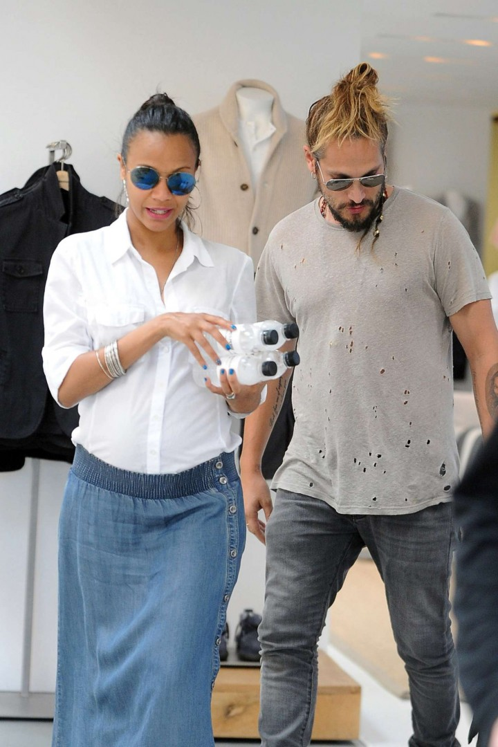 Zoe Saldana Out with her husband Marco Perego in Los Angeles