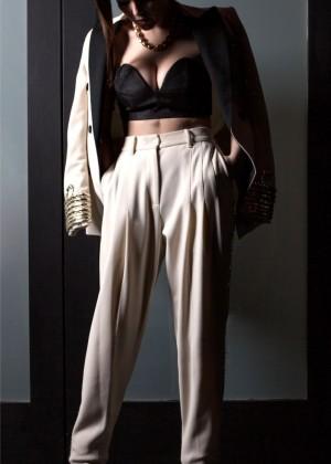 Zoey Deutch: Bello Magazine -02