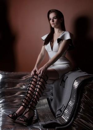 Zoey Deutch: Bello Magazine -03