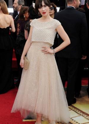 Zooey Deschanel: Golden Globe 2014 Awards -02