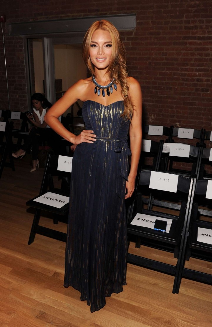Zuleyka Rivera - Perry Ellis Fashion Show in NYC