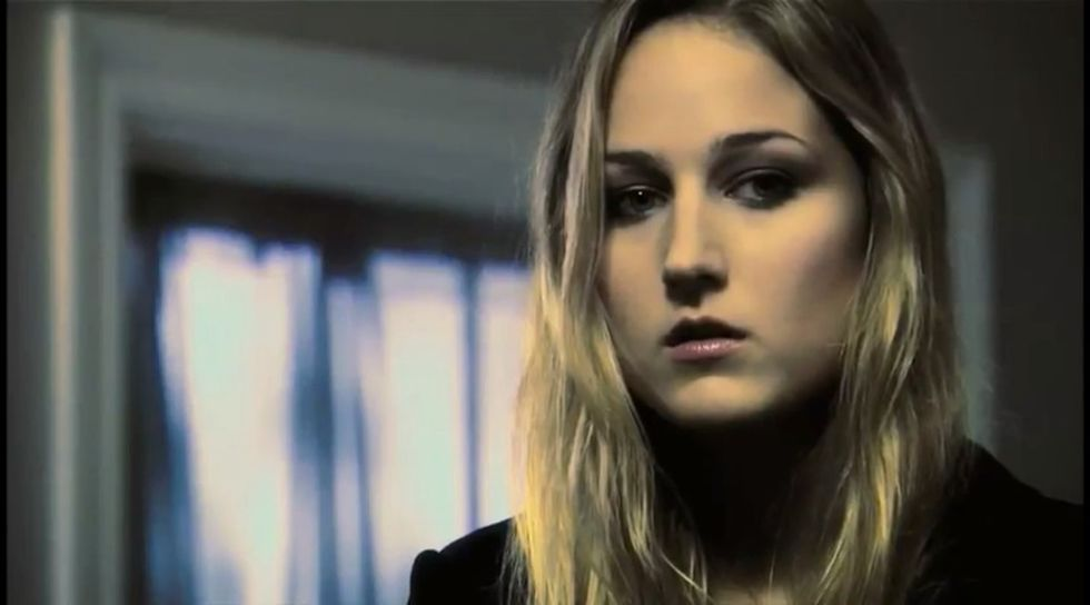 Leelee Sobieski 2010 : leelee-sobieski-acts-of-violence-trailer-04
