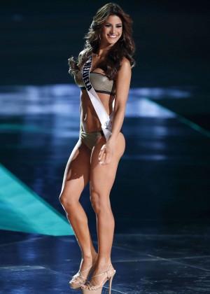 2015 Miss Universe Bikini Competition-12