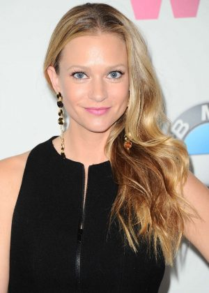 A.J. Cook - Women In Film 2017 Crystal + Lucy Awards in Beverly Hills