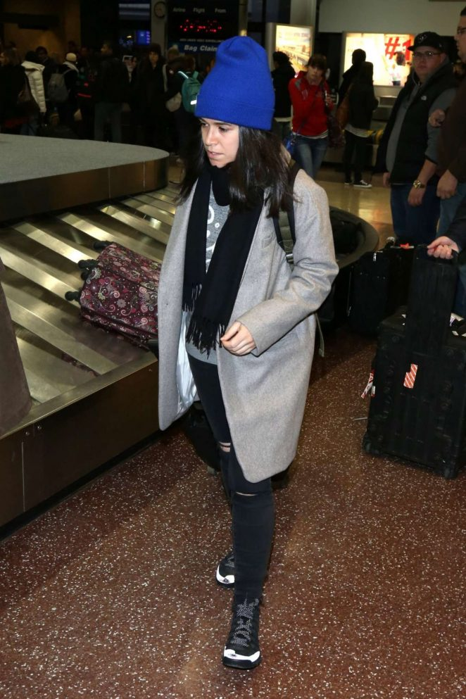 Abbi Jacobson - Arriving at Salt Lake City Airport