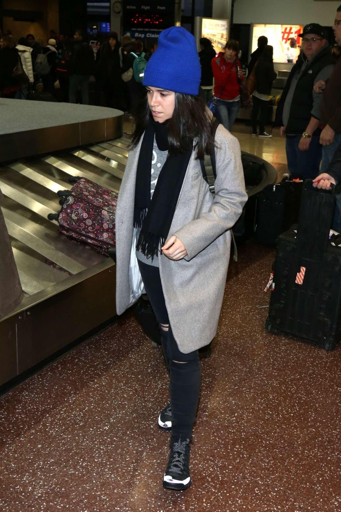 Abbi Jacobson - Arriving at Salt Lake City Airport