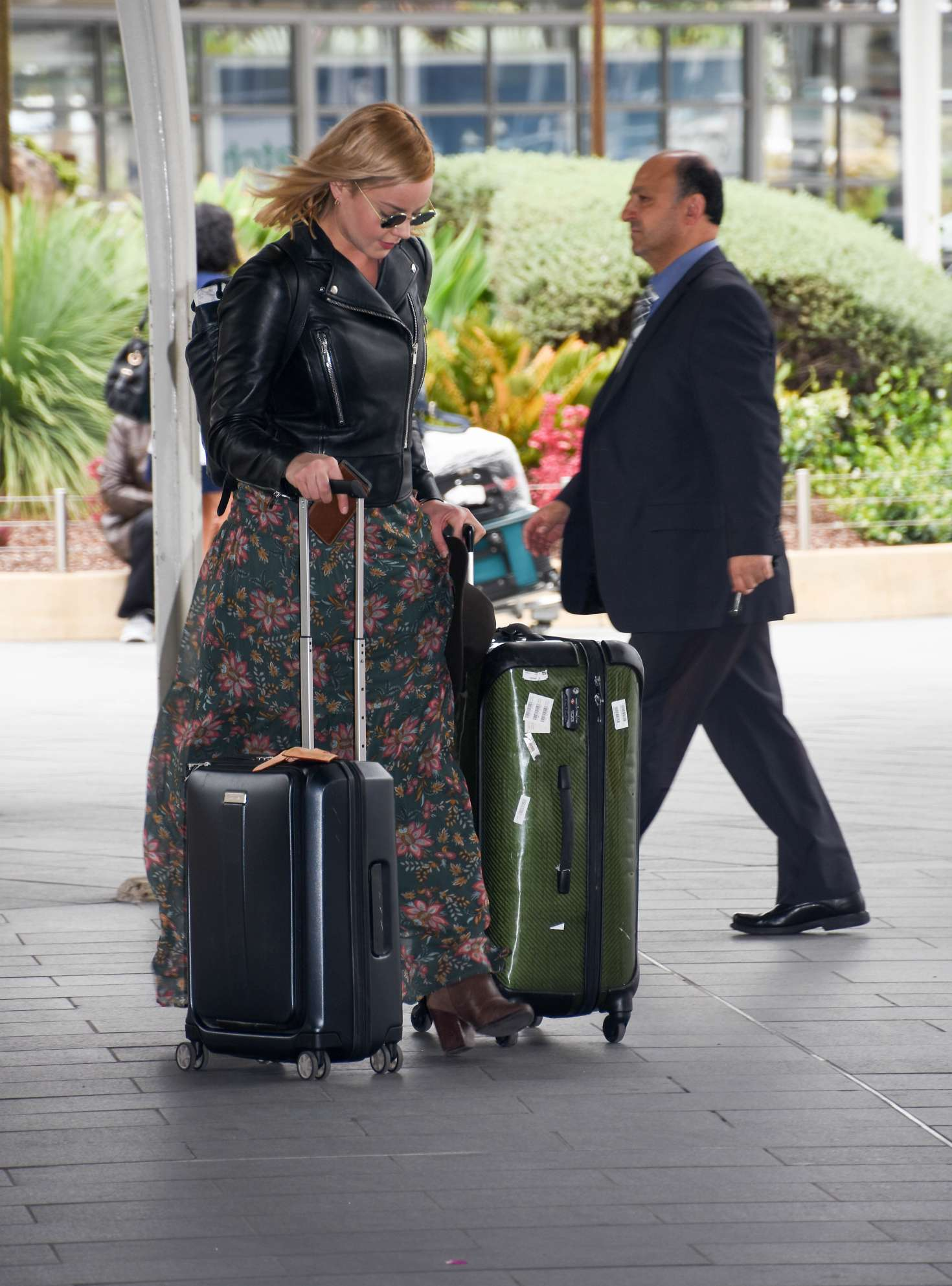 Abbie Cornish 2016 : Abbie Cornish in Long Dress arrives in Sydney -07