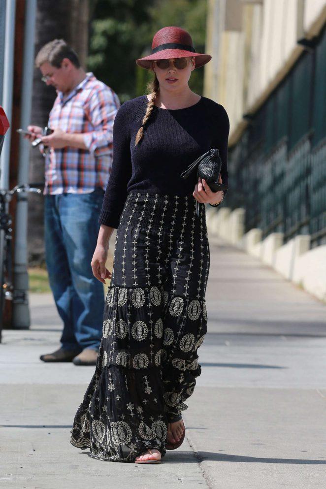 Abbie Cornish in Long Skirt -17