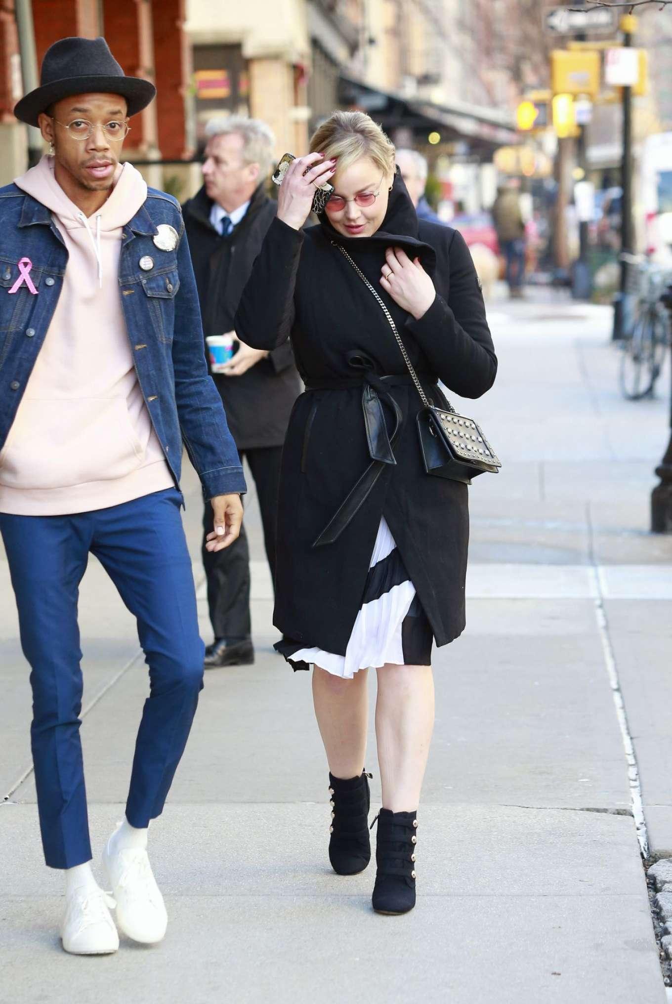 Abbie Cornish 2018 : Abbie Cornish out in New York -09
