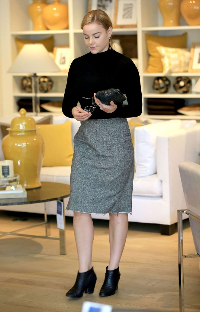 Abbie Cornish out shopping in Beverly Hills -14