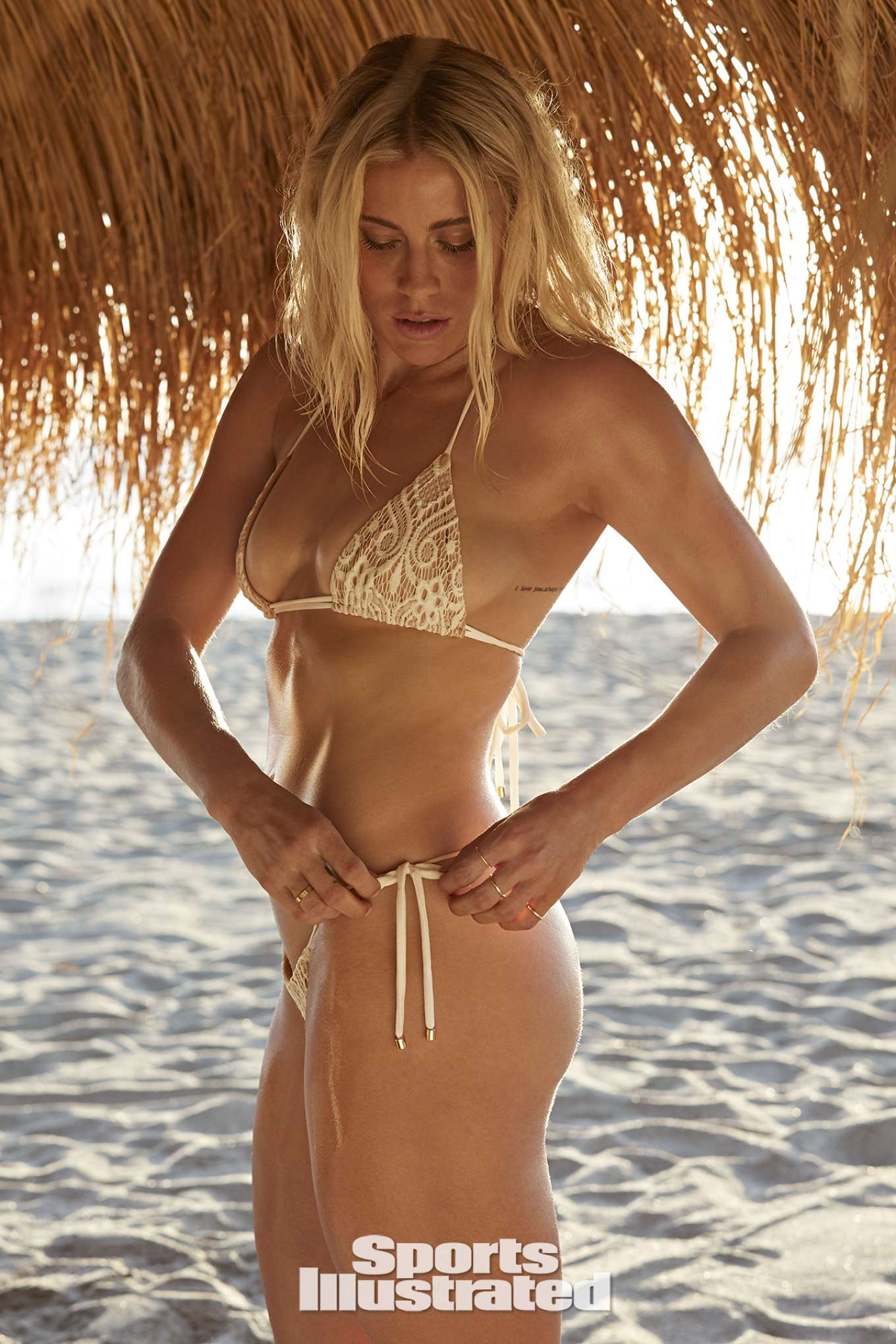 Abby Dahlkemper: Sports Illustrated Swimsuit 2019 -10