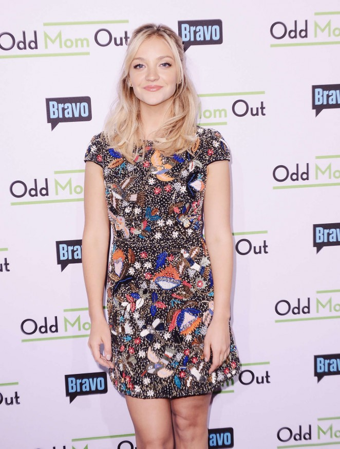 Abby Elliott - 'Odd Mom Out' Premiere in New York City
