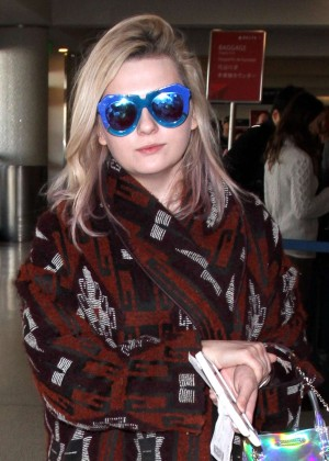 Abigail Breslin - LAX Airport in Los Angeles