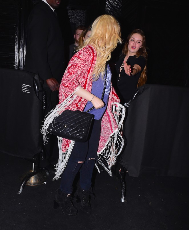 Abigail Breslin: Leaving Up and Down Nightclub -05