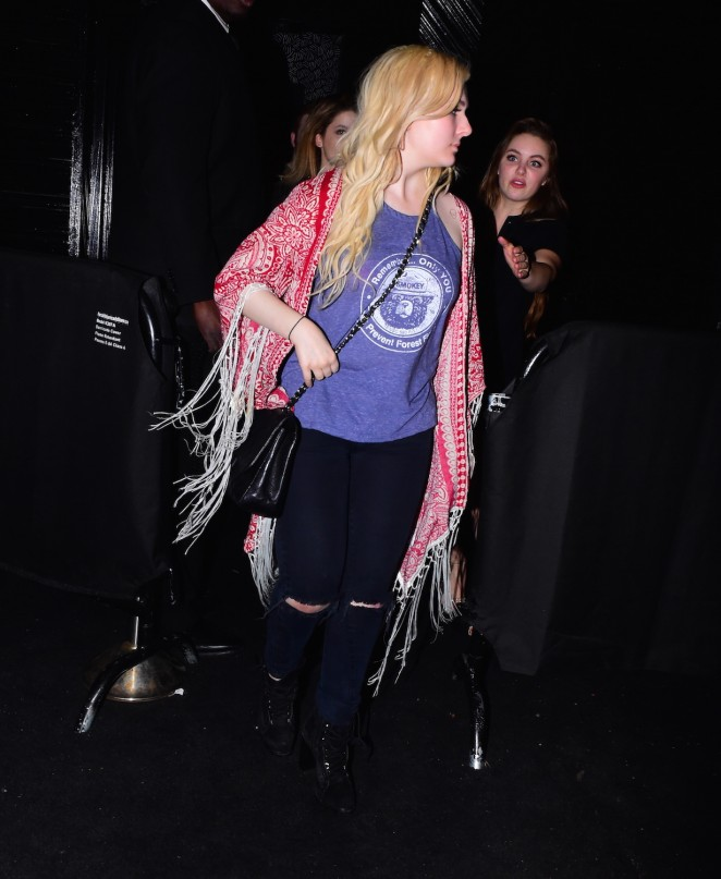 Abigail Breslin: Leaving Up and Down Nightclub -07