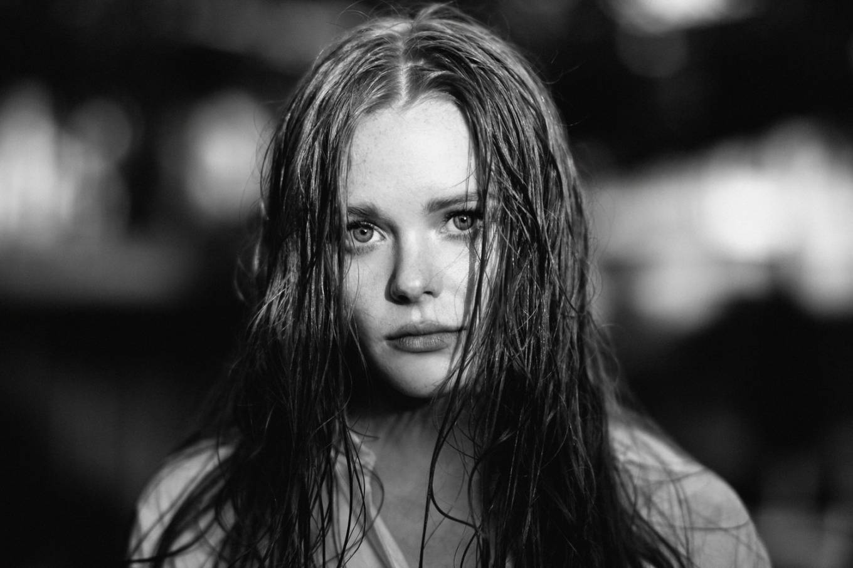 Abigail Cowen 2020 : Abigail Cowen – Photographed by Chris Labadie 2020-05