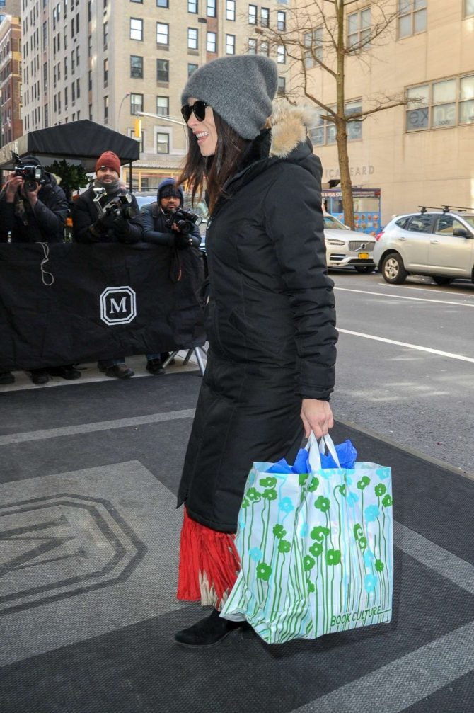 Abigail Spencer - Arrives at The Mark Hotel in NYC