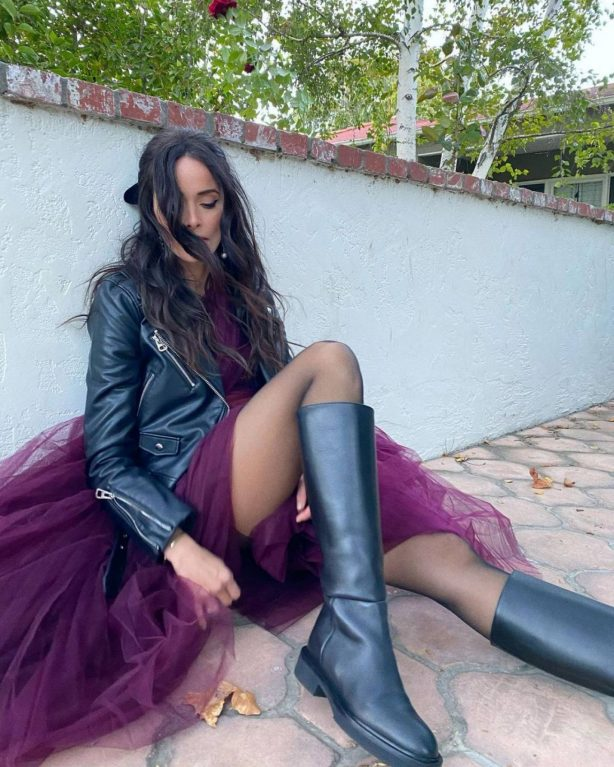 Abigail Spencer - photoshoot for Apolis in LA