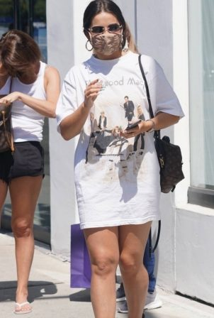 Addison Rae - Shopping candids in West Hollywood