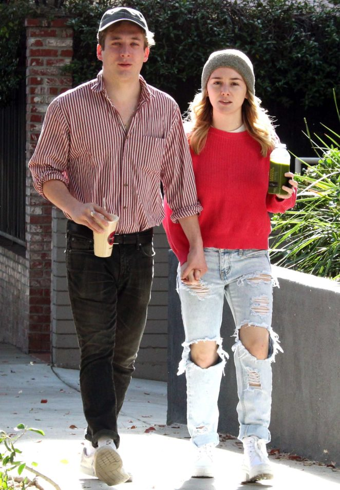Addison Timlin and Jeremy Allen White at a juice bar in Los Angeles