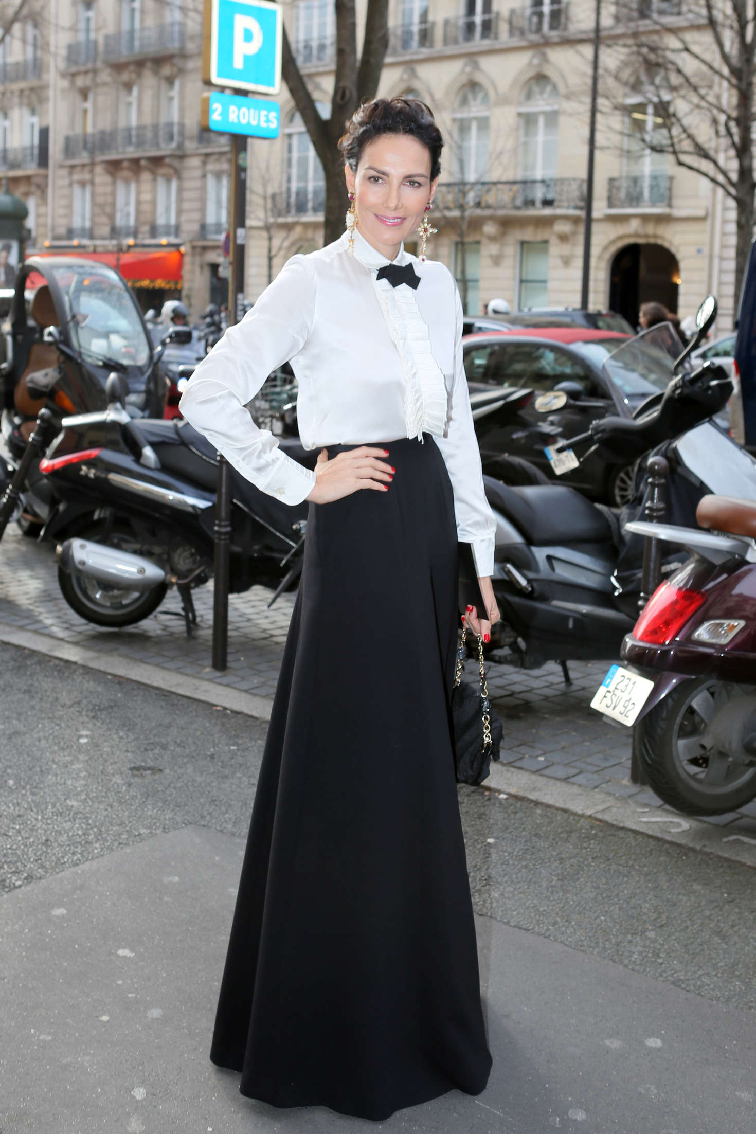 Adriana Abascal at Haute Couture Fashion Show Stephane Rolland SS 2016 in Paris