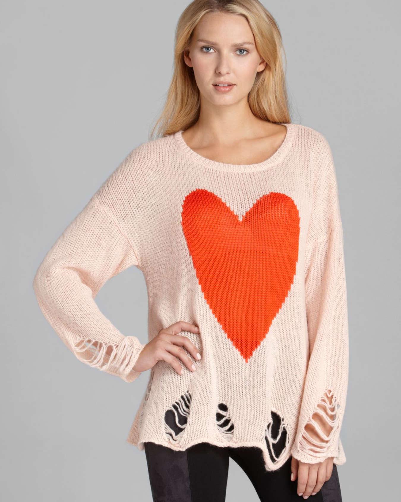 пуловер с сердечками описание