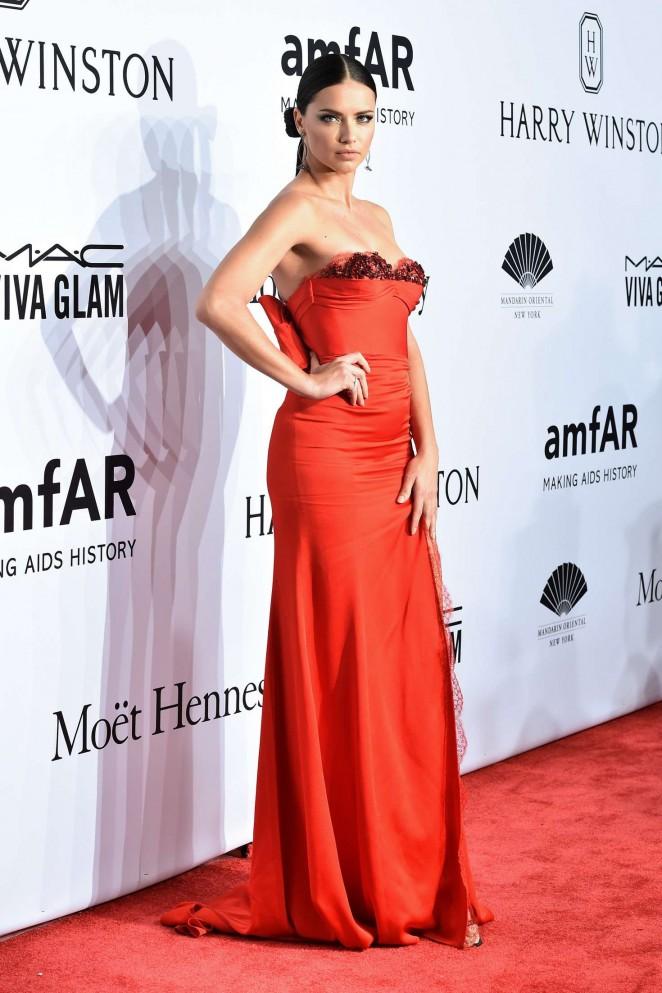 Adriana Lima: 2016 amfAR New York Gala -10