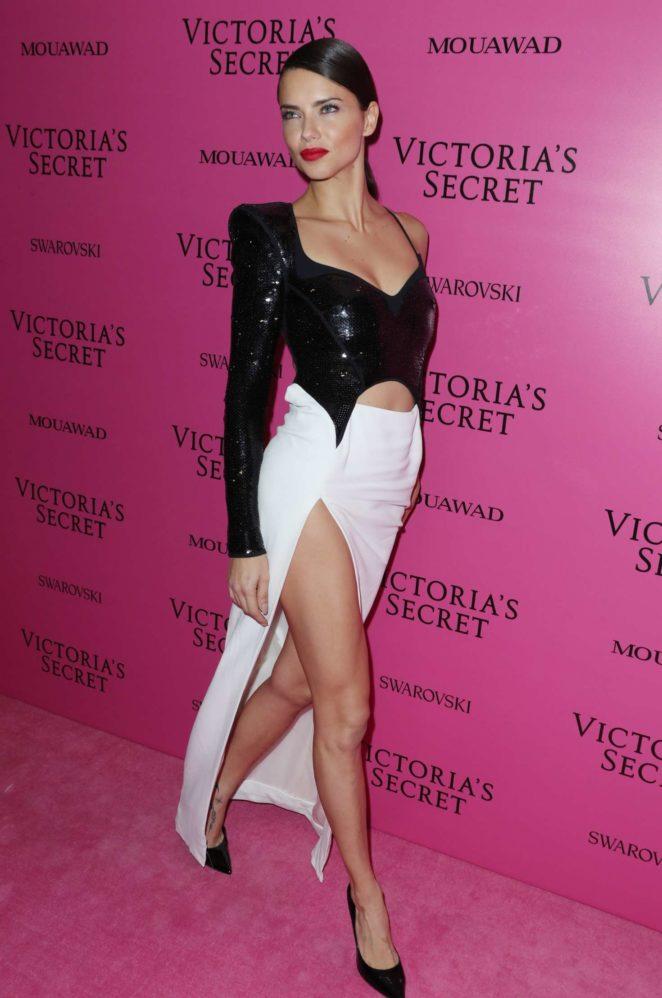 Victoria S Secret Shanghai  Fashion Show