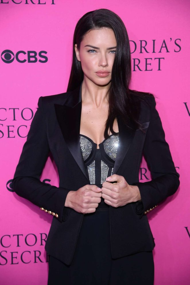 Adriana Lima - 2017 Victoria's Secret Viewing Party in New York City