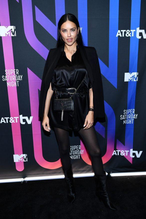 Adriana Lima - 2020 ATT Super Saturday Night in Miami