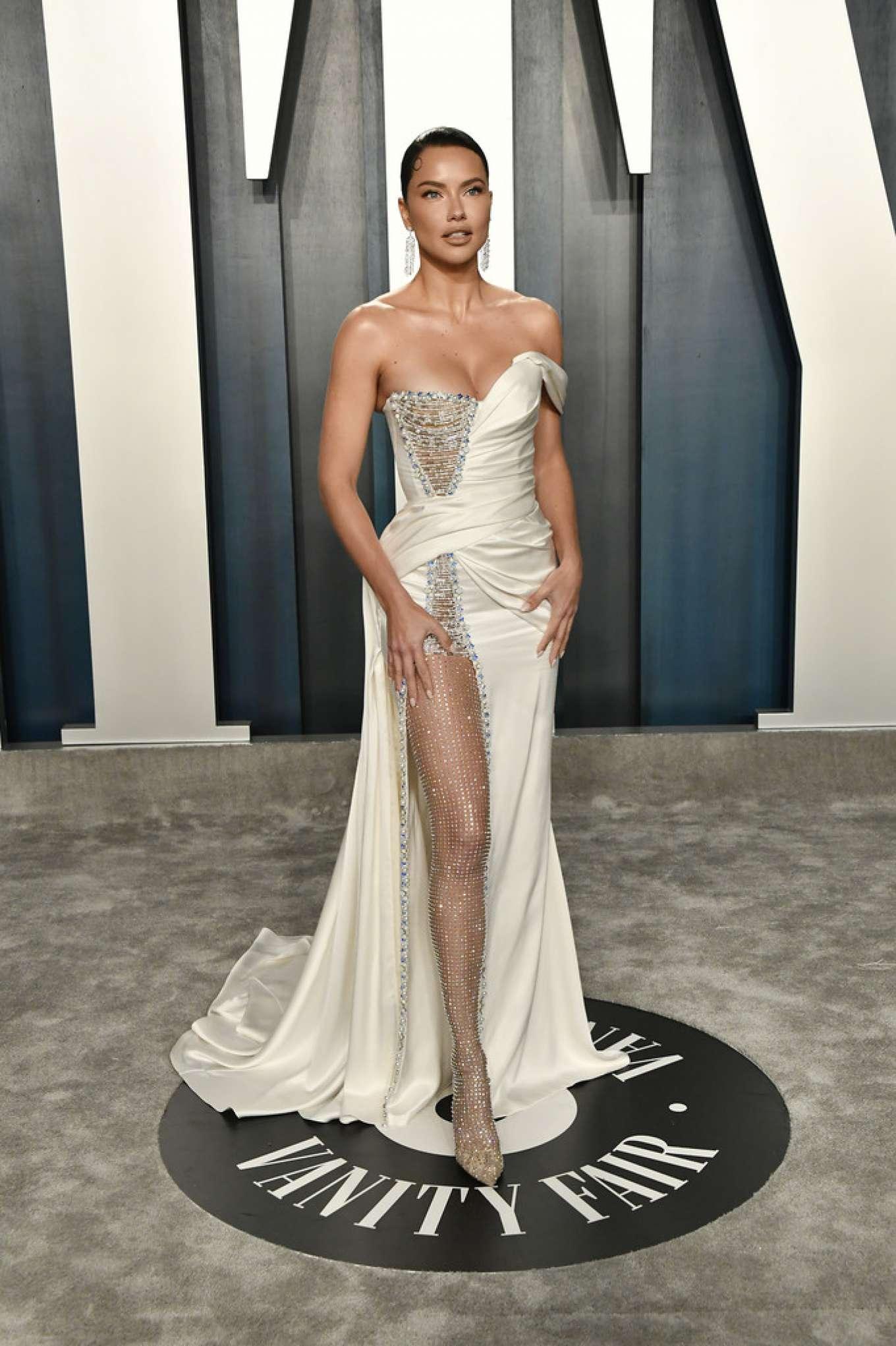 Adriana Lima - 2020 Vanity Fair Oscar Party in Beverly Hills