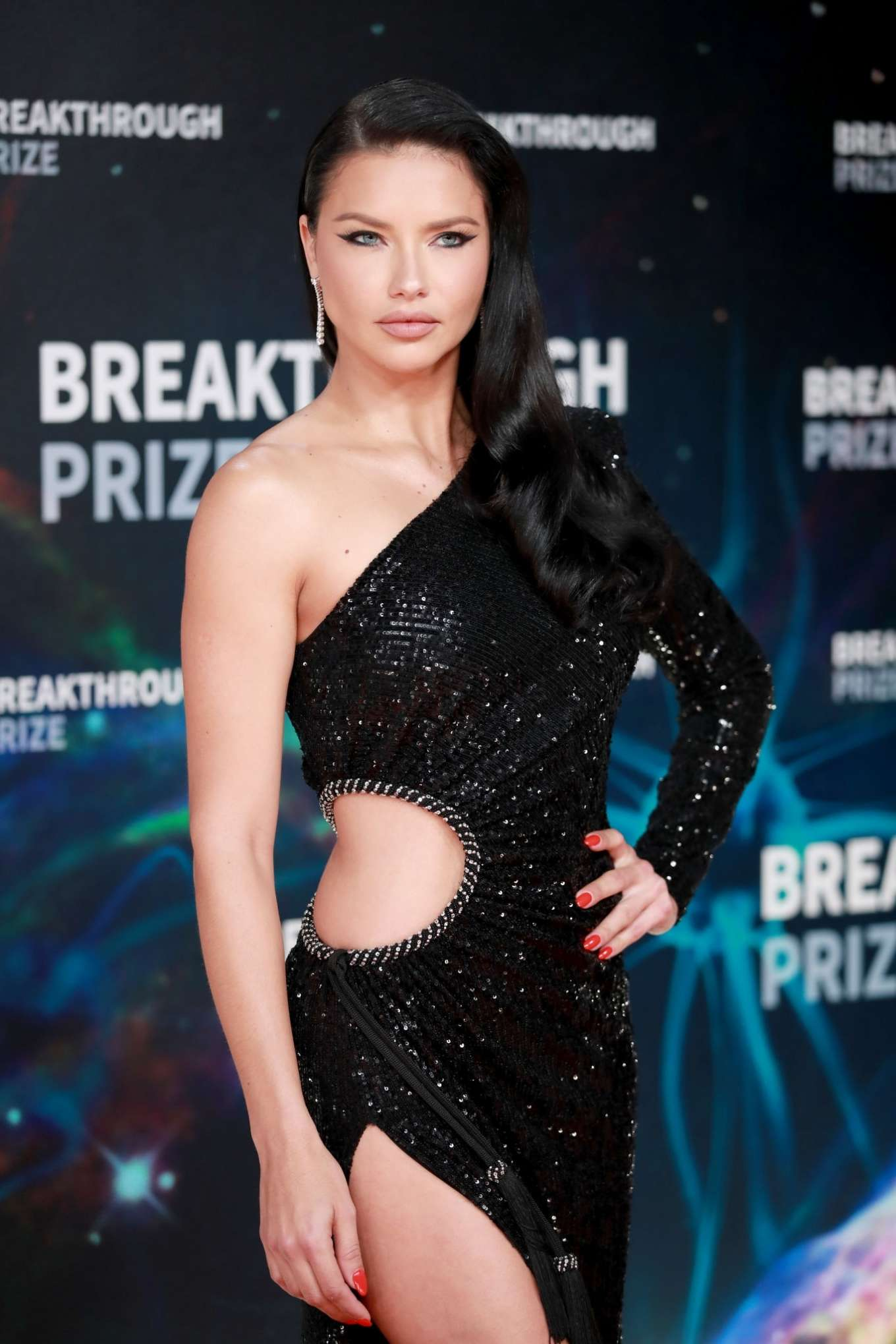 Adriana Lima - 8th Annual Breakthrough Prize Ceremony in Mountain View