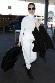 Adriana Lima - Arrives at LAX Airport in Los Angeles