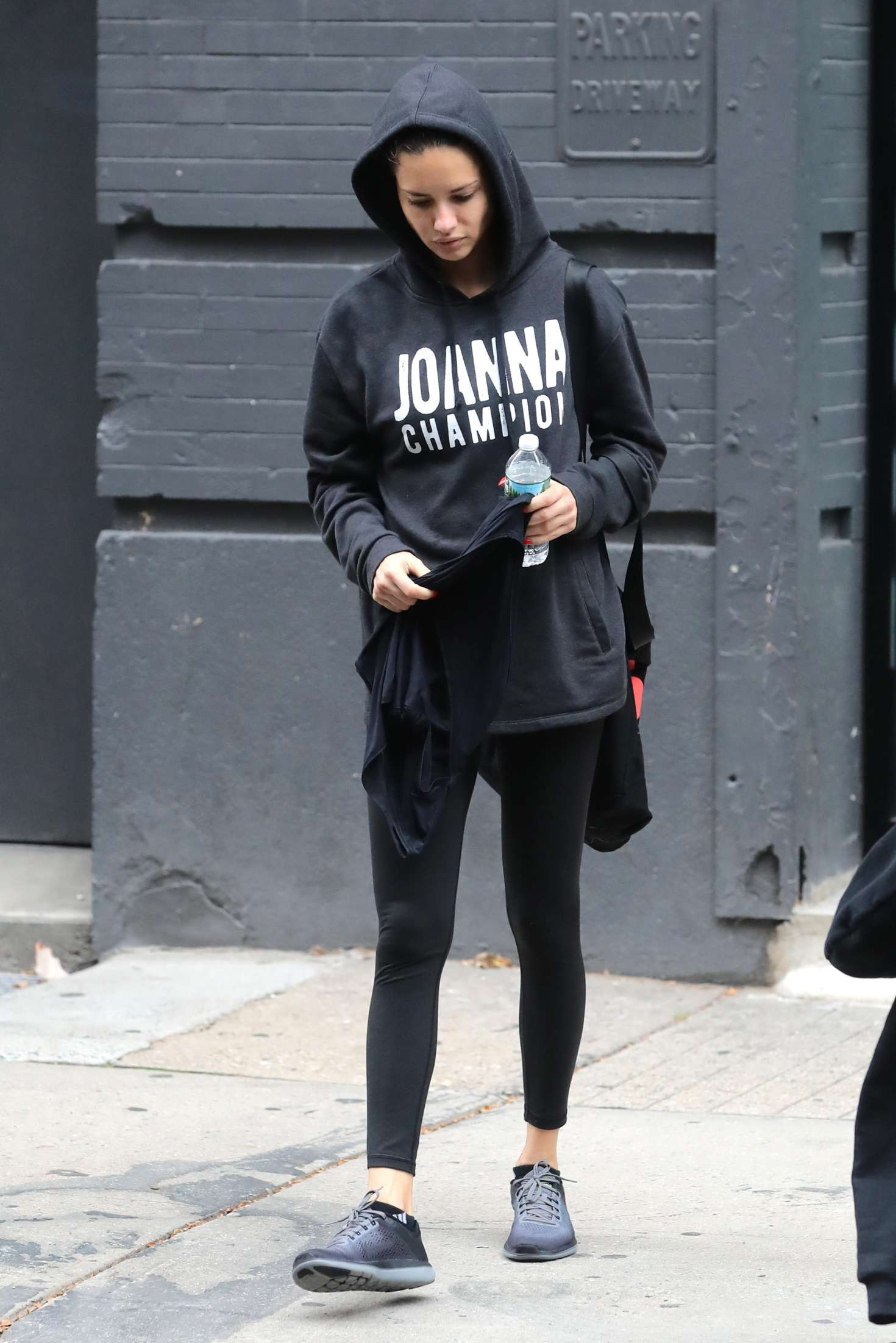 Adriana Lima 2017 : Adriana Lima: Leaving the gym in New York -08